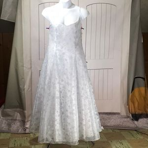 NWT ASPEED PALE BLUE/WHITE LACE PROM DRESS 15/16